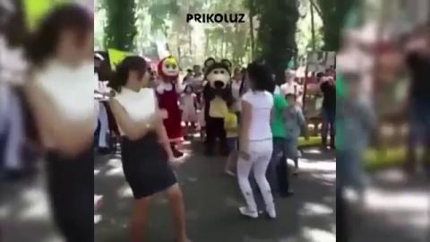 Лижет секс узбека и русской